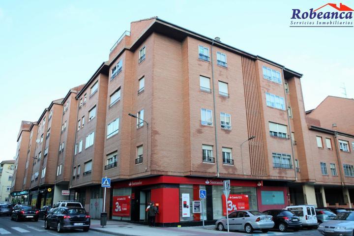 Piso en Venta en Ávila photo 0