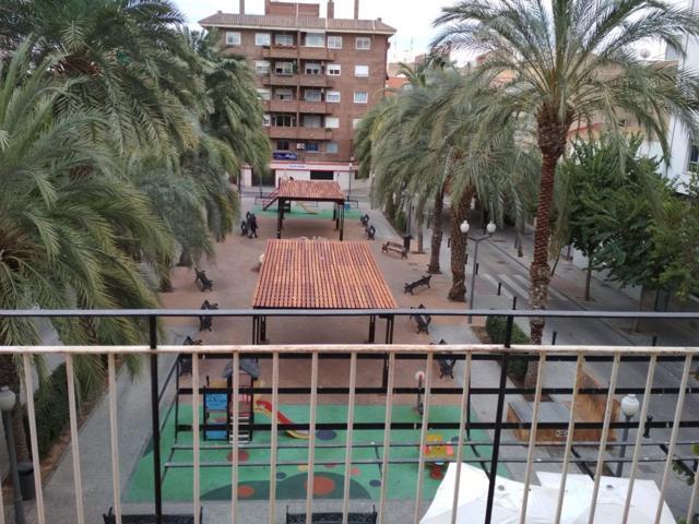 Apartamento de siete habitaciones con vistas al parque cerca del centro de Alicante photo 0