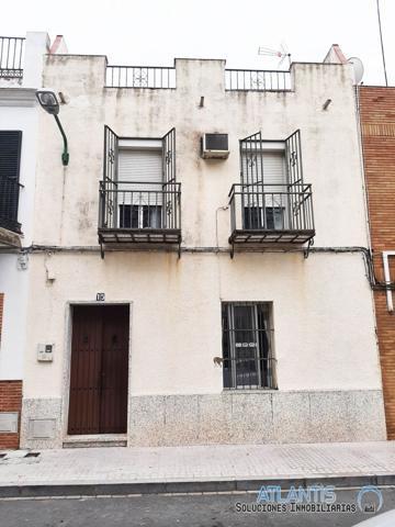 Casa En venta en Sevilla photo 0