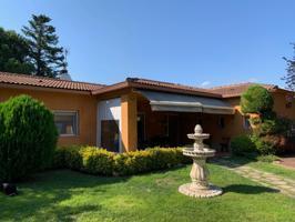Casa En venta en Caldes de Malavella photo 0