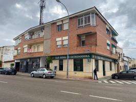 Piso En venta en Talavera la Real photo 0