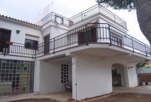 Casa En venta en Torredembarra photo 0