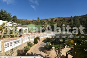 Casa En venta en Pedralba photo 0
