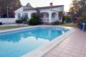 Casa En venta en L'Eliana photo 0