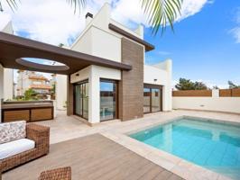 Casa En venta en Los Montesinos photo 0