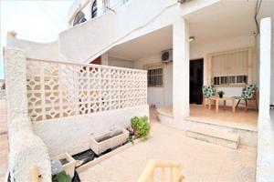 Casa En venta en Los Alcázares photo 0
