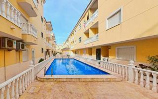 Piso En venta en Formentera del Segura photo 0