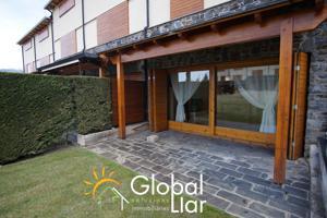 Casa En venta en Alp photo 0