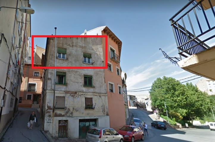 Piso en venta en Teruel de 69 m2 photo 0