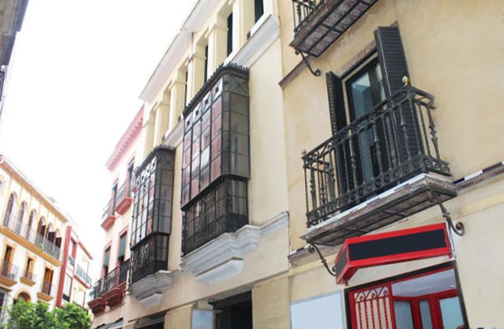 Piso en venta en Sevilla de 235 m2 photo 0