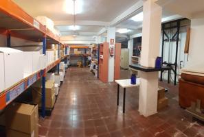 LOCAL COMERCIAL EN VERNEDA I LA PAU photo 0