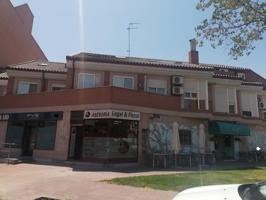 Piso En venta en Calle Manuel Merino, Alcalá De Henares photo 0