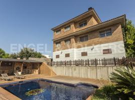 Espectacular casa con preciosa piscina photo 0