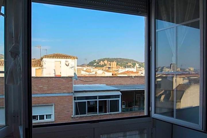 Piso en venta en Granada de 85 m2 photo 0