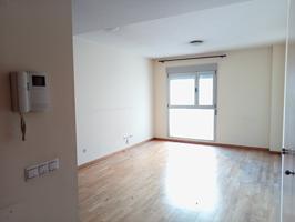 Coqueto piso cerca del Parque Ribalta photo 0