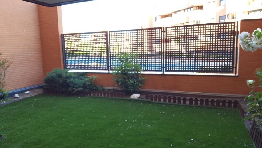 Magnifico piso con patio y jardin photo 0