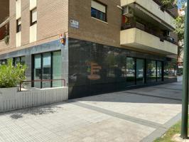 Local en alquiler en Zaragoza de 227 m2 photo 0