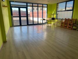Casa - Chalet en venta en Nuez de Ebro de 200 m2 photo 0
