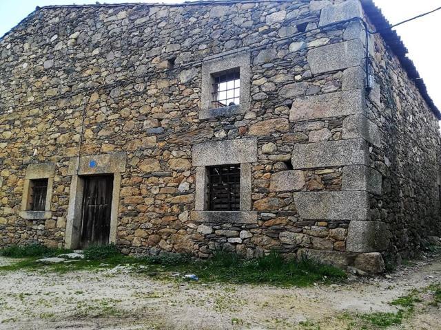 CASILLA - ALMACEN 100 m2 URBANO EN NAVALGUIJO 70 – (AVILA) photo 0