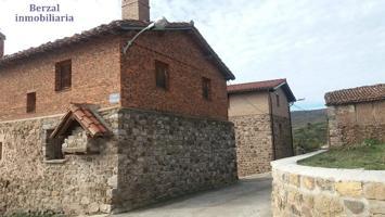 Casa de Pueblo en venta en Muro en Cameros. Para reformar el interior. Exterior en buen estado. photo 0