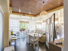 Interesante y versátil propiedad, con más de 300 m2 y jardin privado, situada en la privilegiada zona de los Álamos en Torremolinos. photo 0