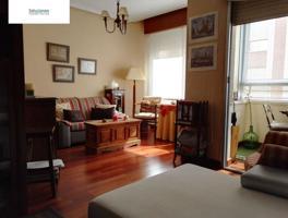 Piso de 4 dormitorios con garaje en barrio Feria photo 0