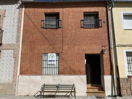 Casa - Chalet en venta en Aguilafuente de 173 m2 photo 0