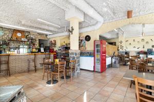 Restaurante de 195 m2 todo equipado en Abrera. photo 0