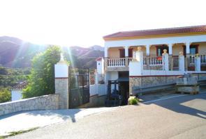 Casa rústica en Benamargosa photo 0