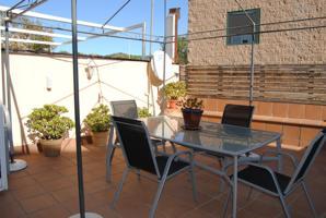 Casa - Chalet en venta en Alella de 250 m2 photo 0