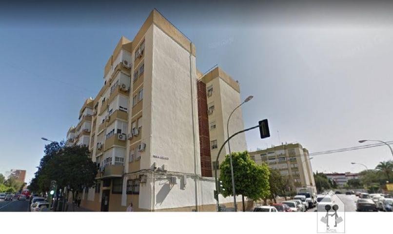 Piso En venta en Los Principes, Sevilla photo 0