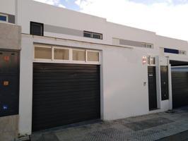 Casa En venta en Calle De Talavera, Badajoz Capital photo 0