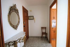 Buscas un piso para formar tu hogar? Este es el tuyo. photo 0