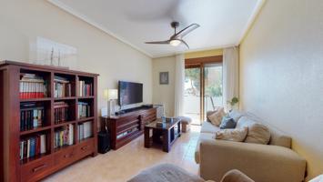 ¡Para los que entienden de casas y solo buscan lo mejor!! Precioso piso céntrico de 2 dormitorios photo 0