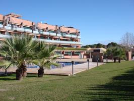 Apartamento con piscina. photo 0
