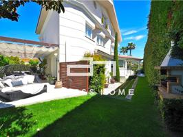 Villa de lujo en zona residencial photo 0