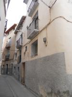 Casa de 4 plantas, de 236 m2, en AINZON photo 0