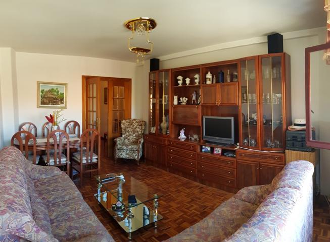 Vendo piso 3 dormitorios, ascensor y garaje photo 0