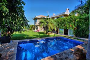 Casa de ensueño con piscina con vistas al mejor paisaje de Tenerife. photo 0