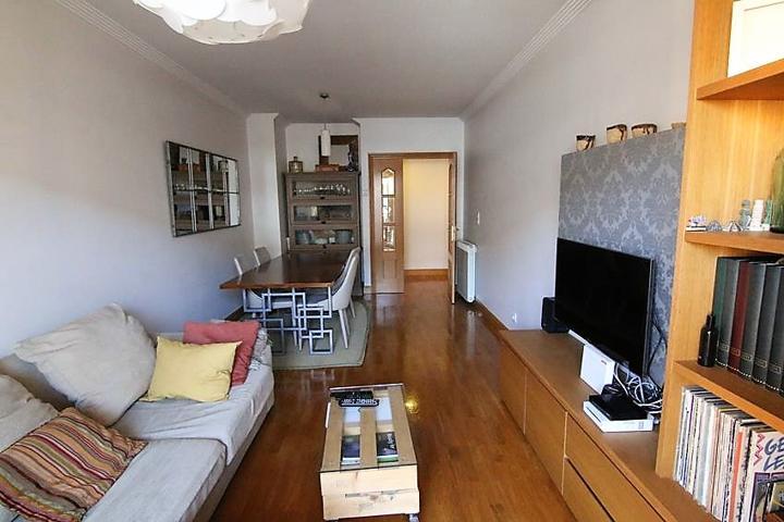Se vende piso en lo mejor de la Rotxa photo 0