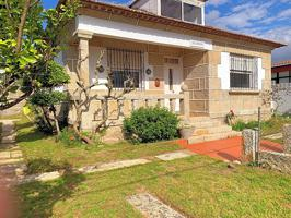 Casa - Chalet en venta en Nigrán de 150 m2 photo 0