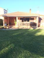 Casa - Chalet en venta en La Hoya de 300 m2 photo 0