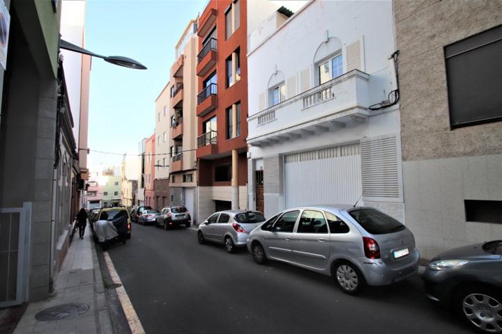 Casa En venta en Calle Matilde Martin, Salamanca - Uruguay - Las Mimosas, Santa Cruz De Tenerife Capital photo 0