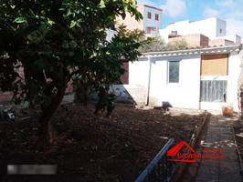 GRAN CASA EN FERNÁN NUÑEZ photo 0