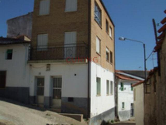 Casa En venta en Casillas De Coria photo 0