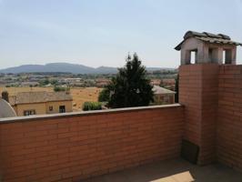 Duplex en venta en Tona photo 0