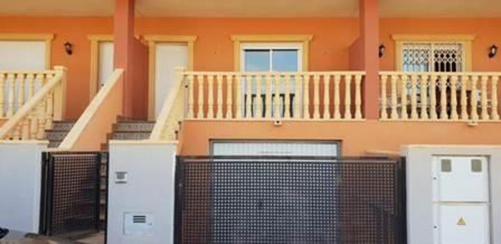 Casa - Chalet en venta en ORIHUELA de 203 m2 photo 0