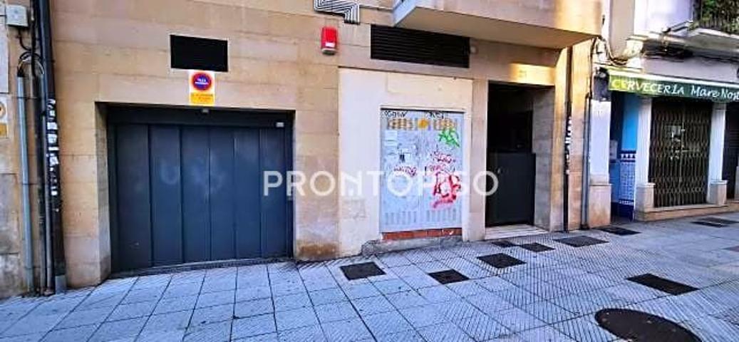 Piso en venta en Oviedo de 82 m2 photo 0