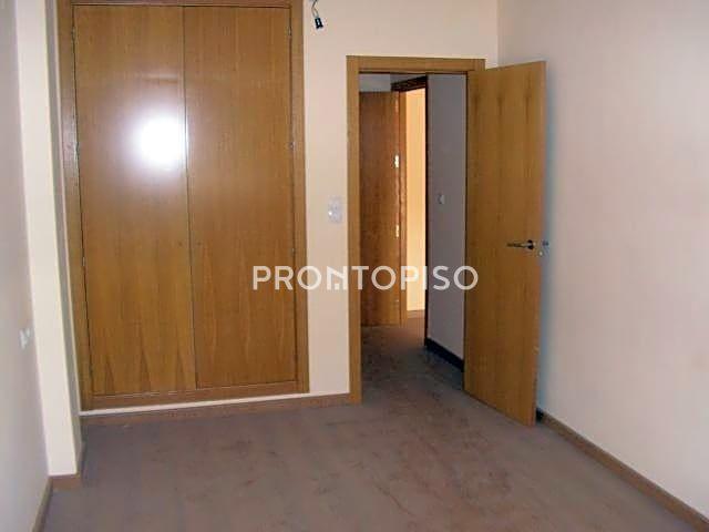 Piso en venta en Atarfe de 65 m2 photo 0