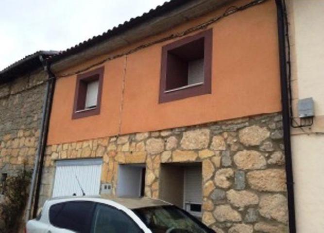 Casa - Chalet en venta en Santa María Ribarredonda de 192 m2 photo 0